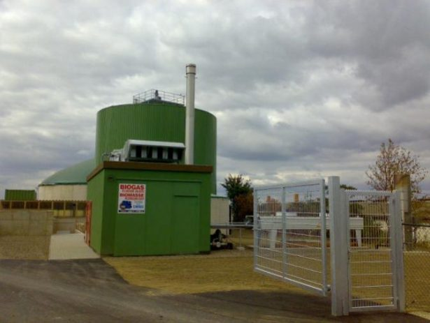 Schalldämpferschornstein Biogasanlage